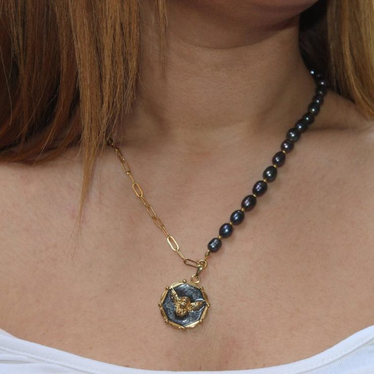 Black Of Pearl Angel Necklace Medallion Necklace