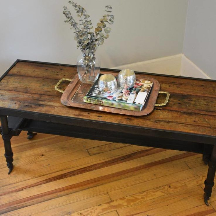 Cargo Coffee Table with Tray