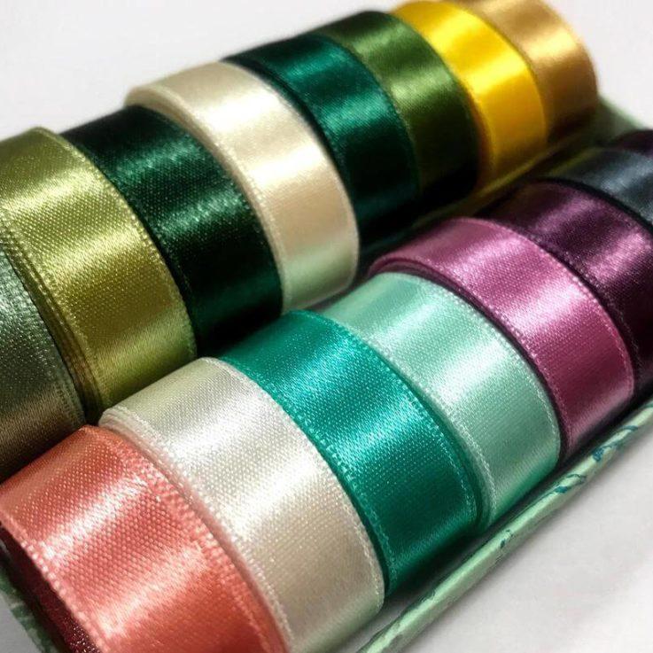 Set of 15 mixed colors Satin Ribbons