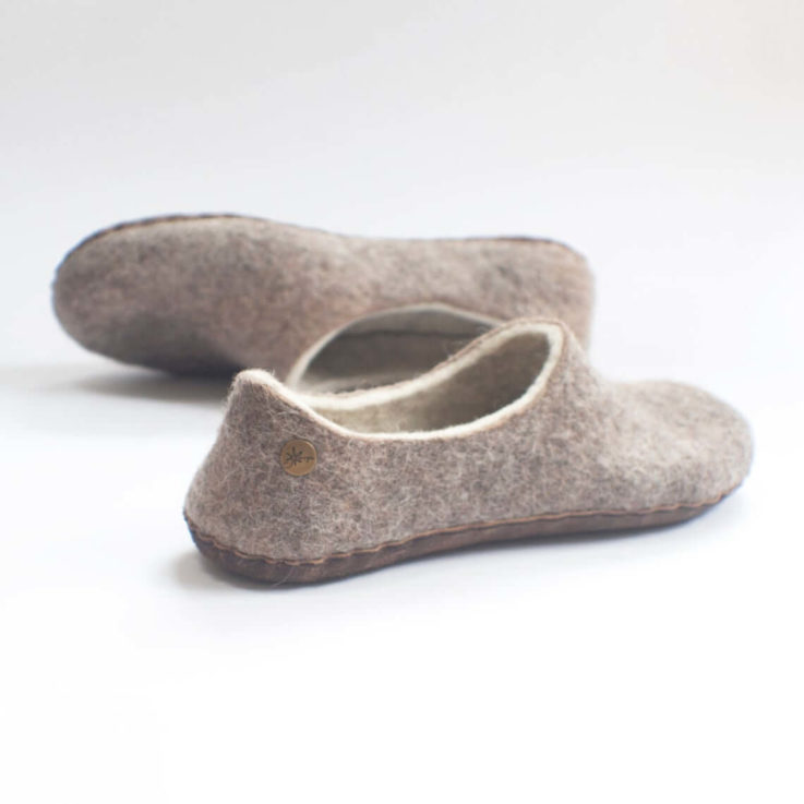 Felted alpaca slippers for women - beige - brown - with natural light brown leather soles