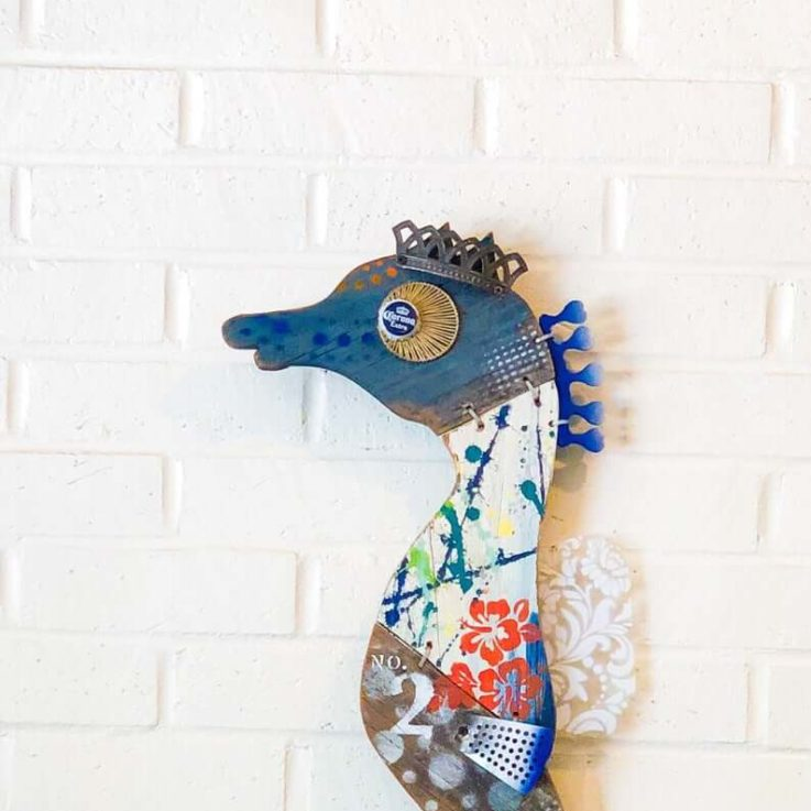 Maui Seahorse No. 2, Driftwood Wall Art, Reclaimed Wood, Navy Blue, Orange, White, pesce, pescado, poisson