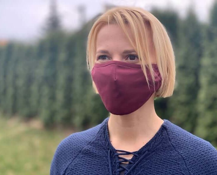 Premium PM2.5 filter face mask. Wine red. Reusable, eco cotton. Protection from environmental factors. Fitted design. Beautiful, breathable.