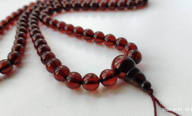 Red sparkles - 108 bead meditation mala (size Ø7.5 colour 6), buddhist meditation, guru bead