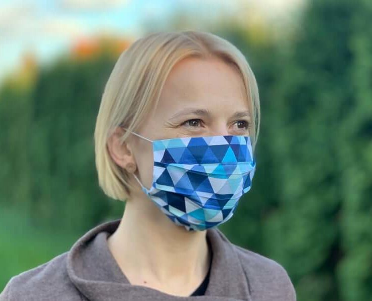 Washable face mask. Cotton. Reusable. Beautiful, lightweight and breathable. Soft and comfortable earloops. Blue triangles