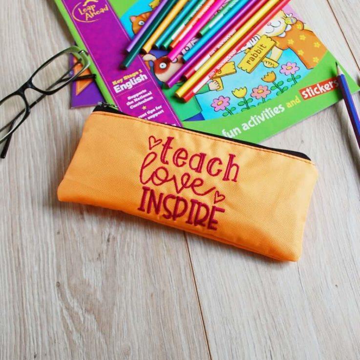 Kindergarten Teacher Appreciation Gifts, Small Personalized Teacher Present, Back to School Teacher Gifts, Pencil Case Holder Organizer
