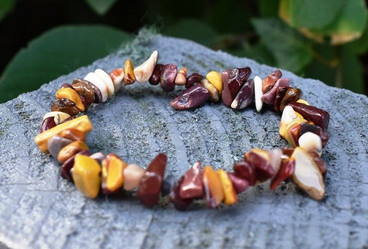 Mookite Crystal Chip Bracelet Natural Gemstone Gift (Beautifully Gift Wrapped)