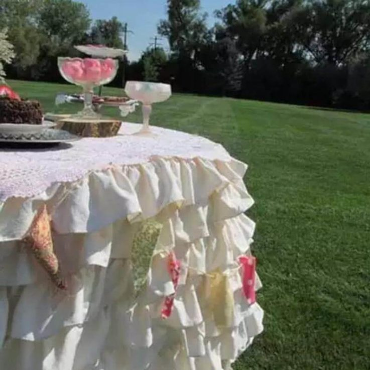 Ruffle round table cloth, ruffled tablecloth, layered round tablecloths