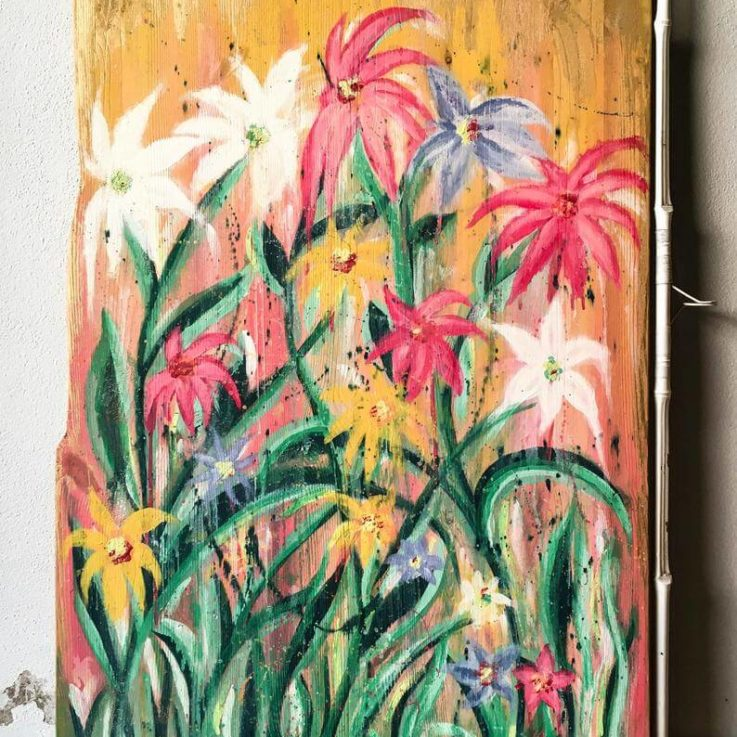 Wood panel with floral pattern Hand painted