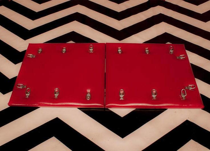 Portable BDSM Bondage Board Red latex bdsm furniture restraints abdl sex furniture bondage dungeon anal gay humiliation