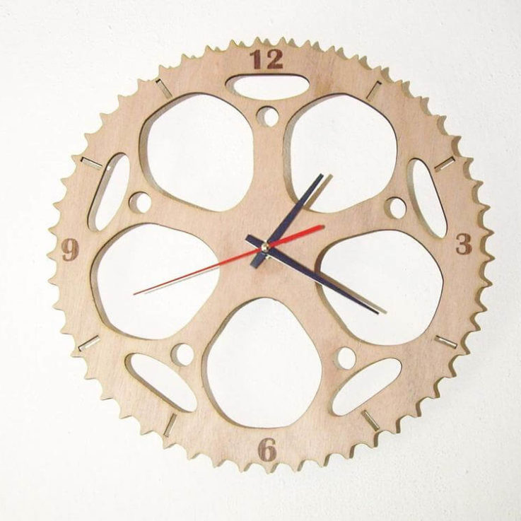 Wooden wall clock - Chainring