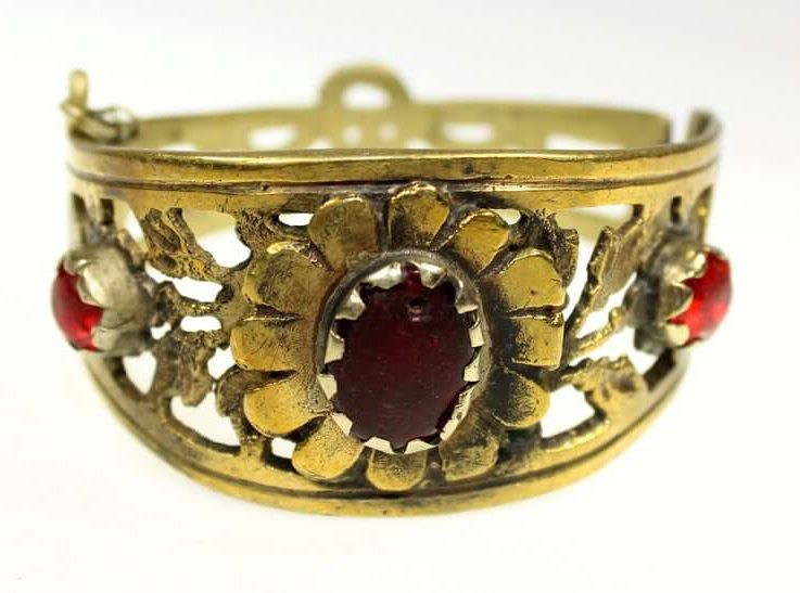 Afghani Tribal Bracelet with Red Glass Jewels, Hippie-Bracelet, Vintage Brass-Bracelet