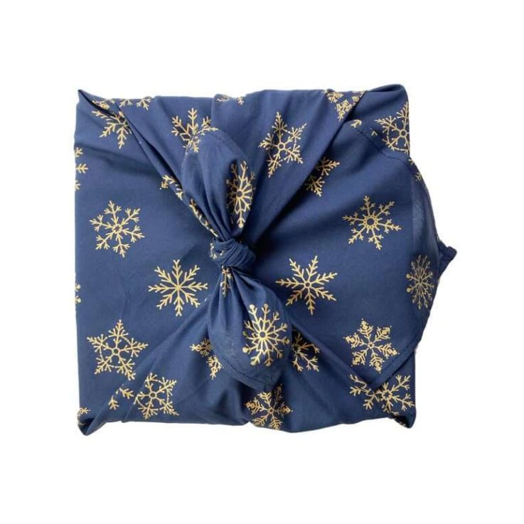 FabRap Midnight Snowflakes SingleSidedFuroshikiReusable gift wrapEco-friendly alternative gift wrapNachaltig Geschenkverpakung aus stoff
