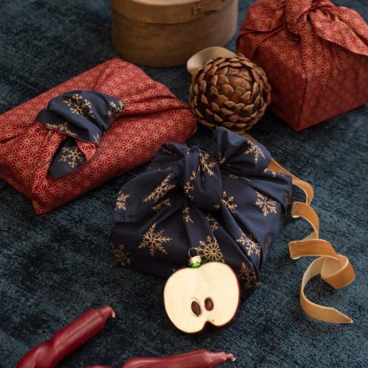 FabRap Ruby & Mdnight Snowflakes 9 Piece BundleFuroshikiReusable Gift WrappingEco WrapNachaltig Geschenkverpakung aus stoff
